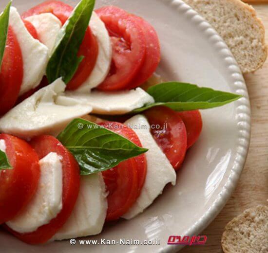 קפרזה - סלט עגבניות ומוצרלה ממטבחו של ג'אקומו ויולה