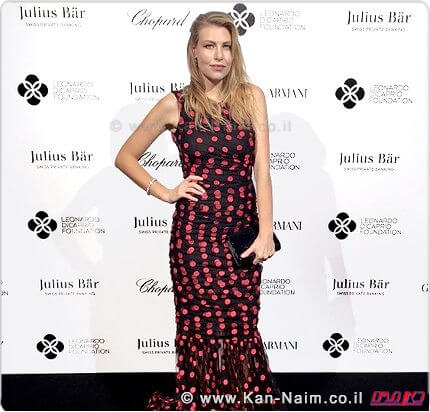 ברברה ברלוסקוני, לבושה בשמלה בעיצוב Dolce & Gabbana בגאלה של קרן דיקפריו