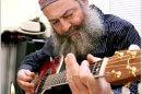 יוסי פיאמנטה הגיטריסט החרדי, הלך לעולמו לאחר שנאבק מחלת סרטן