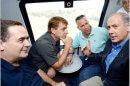 ראש הממשלה מר נתניהו עם השר כץ בקו רכבת ישראל בין אשקלון לבאר שבע