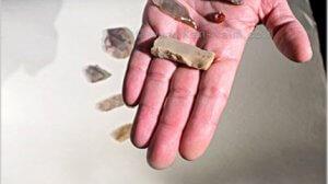 שרידי מבני מגורים כלי חרס, כלי צור ו-קערת בזלת לפני 7000 שנה