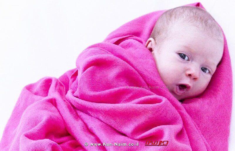 תינוק | ישנם שמות בעלי זהות מגדרית ברורה | צילום: אילוסטרציה | עיבוד: שולי סונגו ©