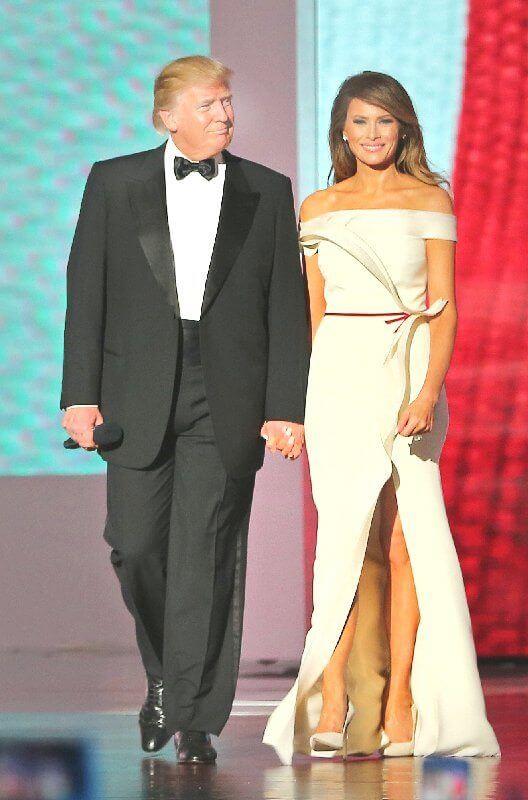מלניה ודונלד טרמפ נשיא ארצות הברית- באופן טבעי היא מקרינה מלכותיות