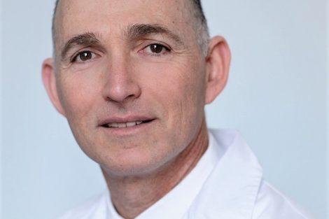 דוקטור דב קליין, בעל מרכז רפואי לניתוחים פלסטיים