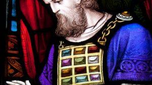פרשת תְּצַוֶּה | מציגה מכרז לאנשי האופנה לבחור את בגדי הכהן הגדול | צילום: ויקיפדיה