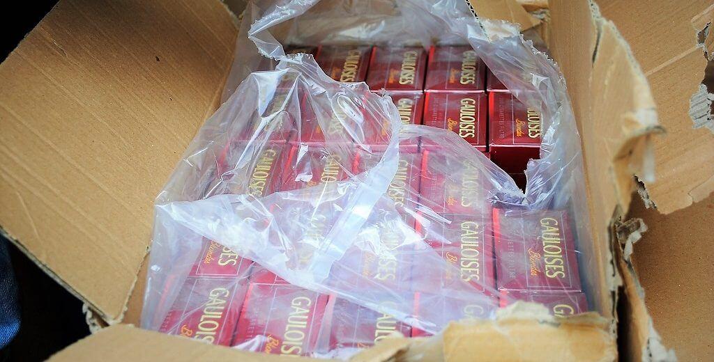 """3 חשודים בהברחת ענק של מכולת סיגריות נעצרו על ידי המכס ומע""""מ"""
