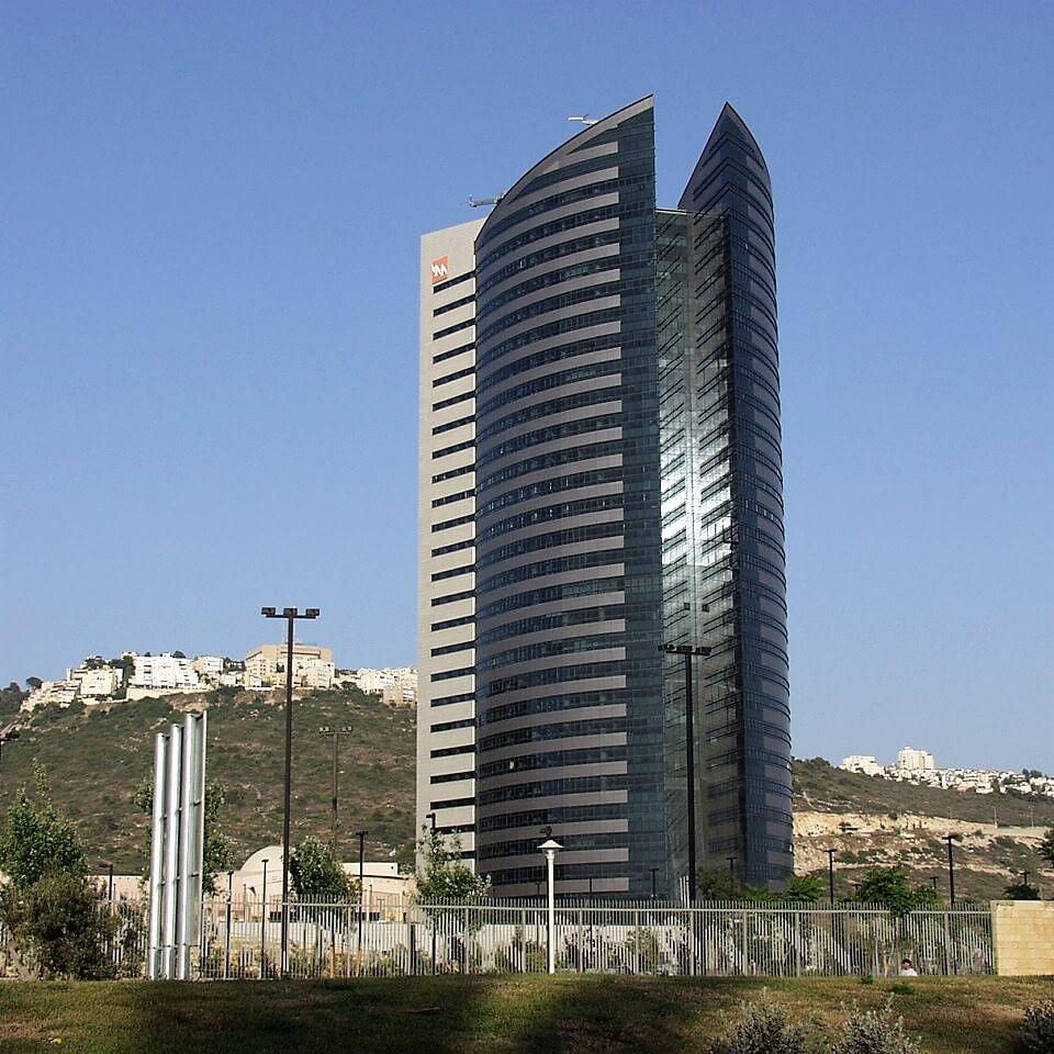 מגדל חברת החשמל בעיר חיפה | צילום: ויקיפדיה
