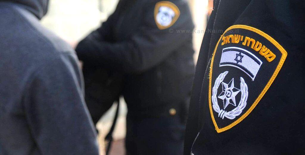 משטרת ישראל עצרה 28 אנשים בחשד שהטרידו איימו וסחטו בכירים במשק בשדלם לפרסם בעיתון הפלס | צילום: משטרת ישראל