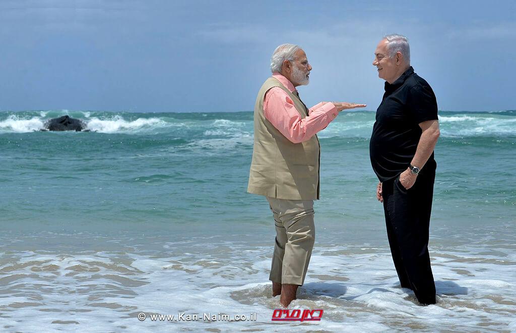 ראש הממשלה בנימין נתניהו וראש ממשלת הודו נרנדרה מודי בחוף אולגה-חדרה | | וידאו; איתי בית-און |סאונד; בן פרץ | צילום: קובי גדעון, לעמ