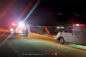 רוכב אופנוע בן 70 נהרג מפגיעת רכב בכביש בין קיבוץ שניר לקיבוץ דפנה  צילום: תיעוד מבצעי מדא   עיבוד צילום: שולי סונגו ©