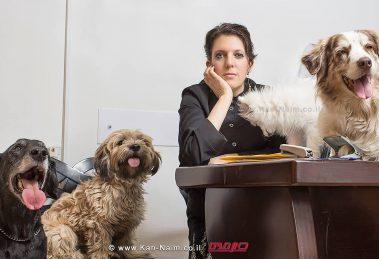עורכת דין סיון זבולון-נוה, המוכרת ועוסקת ב-זכויות בעלי חיים עם חבריה  צילום: רמי זרנגר   עיבוד צילום: שולי סונגו ©