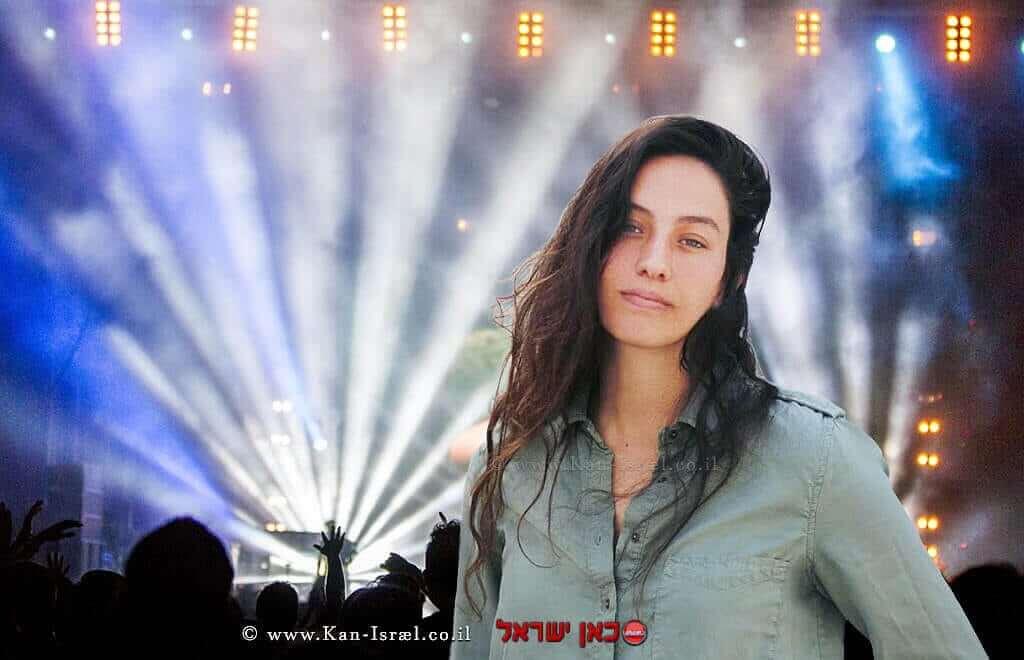 הזמרת דניאל רובין| עיבוד צילום: שולי סונגו ©