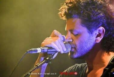 אמיר דדון, זמר ושחקן ב'בית אבי חי'| צילום: רגב גל