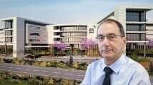 מנהל המרכז הרפואי פדה-פוריה דוקטור ארז און, ברקע הדמיית מרכז שיקום לצפון | צילום: יגאל לוי