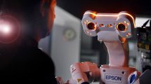 ״ברטי הרובוט״של חב' Epson