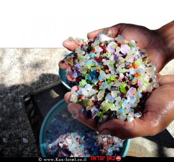 הפקת אבנים יקרות ביד, יהלומים, אבני אודם, אמרלד   עיבוד צילום: שולי סונגו