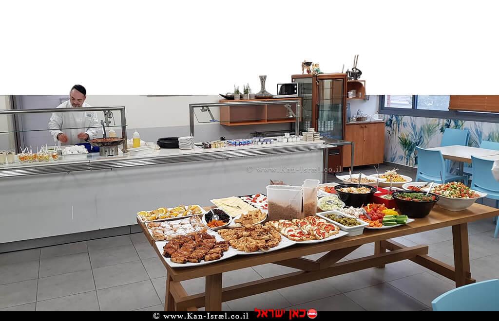ארוחות המוגשות במחלקת היולדות של המרכז הרפואי הלל יפה ברמה של מלון 5 כוכבים