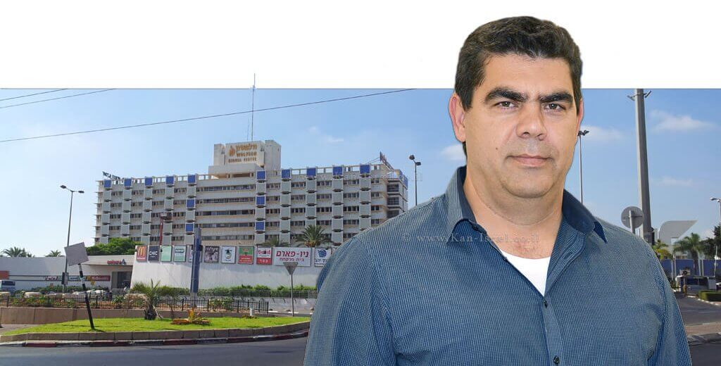 דר' חגי דקל מנהל המחלקה לניתוחי לב וחזה במרכז הרפואי 'וולפסון' בחולון |צילום: נאור בן סלמון | עיבוד צילום: שולי סונגו