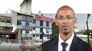 עורך דין אווקה זנה, ראש היחידה הממשלתית לתיאום המאבק בגזענות | ברקע: תחנת כבאות רחובות | צילום: לעמ, גוגל | עיבוד צילום: שולי סונגו