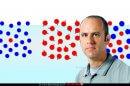 פרופ' רונן שגב, ראש בית הספר הבין-פקולטי למדעי-המוח באוניברסיטת בן-גוריון ברקע: אובייקטים המסיחים את הדעת כשהחיפוש החזותי יעיל | צילום: דני מכליס, אוניברסיטת בן-גוריון | עיבוד: שולי סונגו
