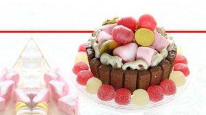 עוגת שוקולד חגיגית וצבעונית של חברת כרמית | צילום סטודיו כרמית