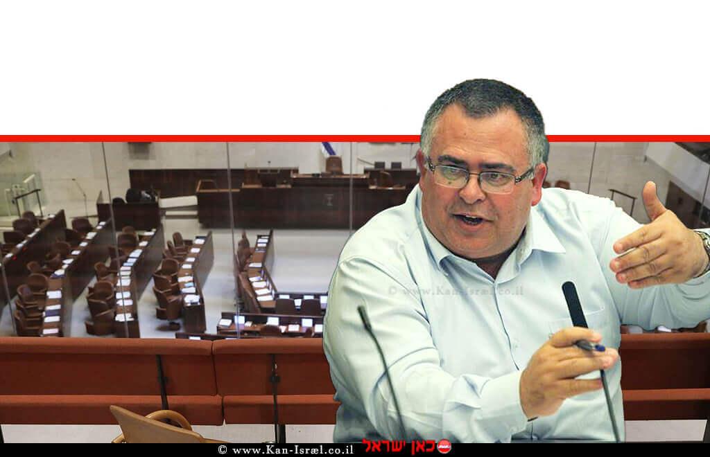 חבר כנסת עורך דין דוד ביטן ממפלגת הליכוד ברקע כנסת ישראל | עיבוד צילום: שולי סונגו ©