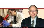 דר' יצחק ברוורמן, מנהל היחידה לאף אוזן גרון במרכז הרפואי הלל יפה ברקע: דר' אור דגן בביקורת אצל האישה שאוזנה הזדהמה מפירסינג | עיבוד צילום ממחושב: שולי סונגו©