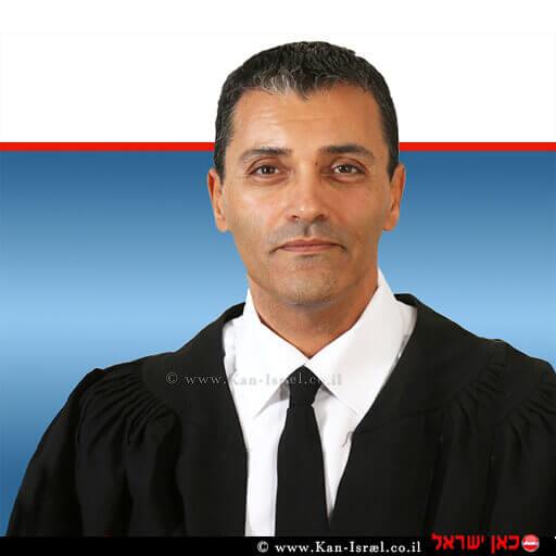 כבוד השופט מנחם מזרחי מבית משפט השלום ברמלה | צילום: אתר בתי המשפט | עיבוד ממחושב: שולי סונגו©