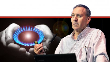 דר' נחום איצקוביץ' 'הרשות להשקעות ב-משרד הכלכלה והתעשייה' ברקע: גז טבעי לצרכנים | עיבוד ממחושב: שולי סונגו©