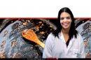 מירית קולט דוקטורנטית מאוניברסיטת אריאל בשומרון ברקע: מחבת מלוכלכת עם כף | צילום: Eremey90 | עיבוד ממחושב: שולי סונגו©