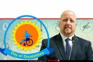 אברמי טורם, נציב שוויון זכויות לאנשים עם מוגבלות ברקע: לוגו היום הבינלאומי לזכויות אנשים עם מוגבלות   עיבוד ממחושב: שולי סונגו©