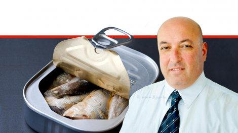 פרופסור איתמר גרוטו משנה למנכל משרד הבריאות ברקע: מזון מעובד וגם בריא   עיבוד ממחושב: שולי סונגו©