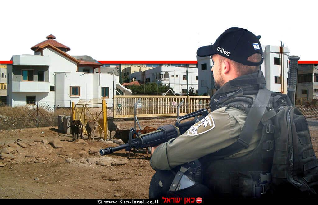 איש משמר הגבול, צופה על כפר ע'ג'ר בגבול שבין לבנון לבין ישראל, הדמייה |צילום: דוברות המשטרה | עיבוד ממחושב: שולי סונגו©