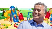 עמיר פרץ, שר הכלכלה והתעשייה ברקע: מגרש משחקים לילדים   עיבוד צילום: שולי סונגו ©