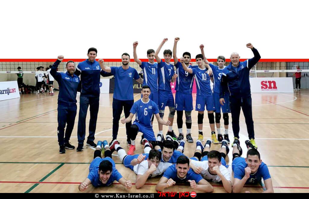 בוגרי מגמת הכדורעף שטקליס נתניה, מייצגים את ישראל ב'אליפות אירופה עד גיל 17' | צילום: דוברות נתניה | עיבוד צילום: שולי סונגו ©