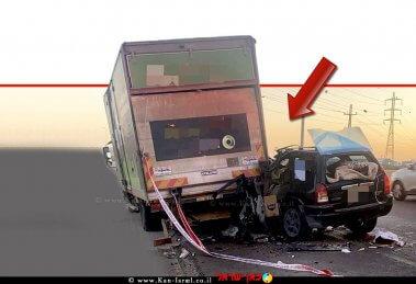 רכב תושב באר שבע בן ה-39 שהתנגש במשאית בכביש 25 בצומת שרה -באר שבע וגרם ל'המתה בקלות דעת'| צילום: דוברות המשטרה | עיבוד ממחושב: שולי סונגו©