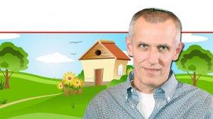 עורך דין יעקב קוינט מנהל רשות מקרקעי ישראל ברקע: איור נכס צמוד קרקע, שיעבור ב'טַאבּוּ' | צילום: לשכת עורכי הדין | צילום רקע: Depositphotos | עיבוד צילום: שולי סונגו ©